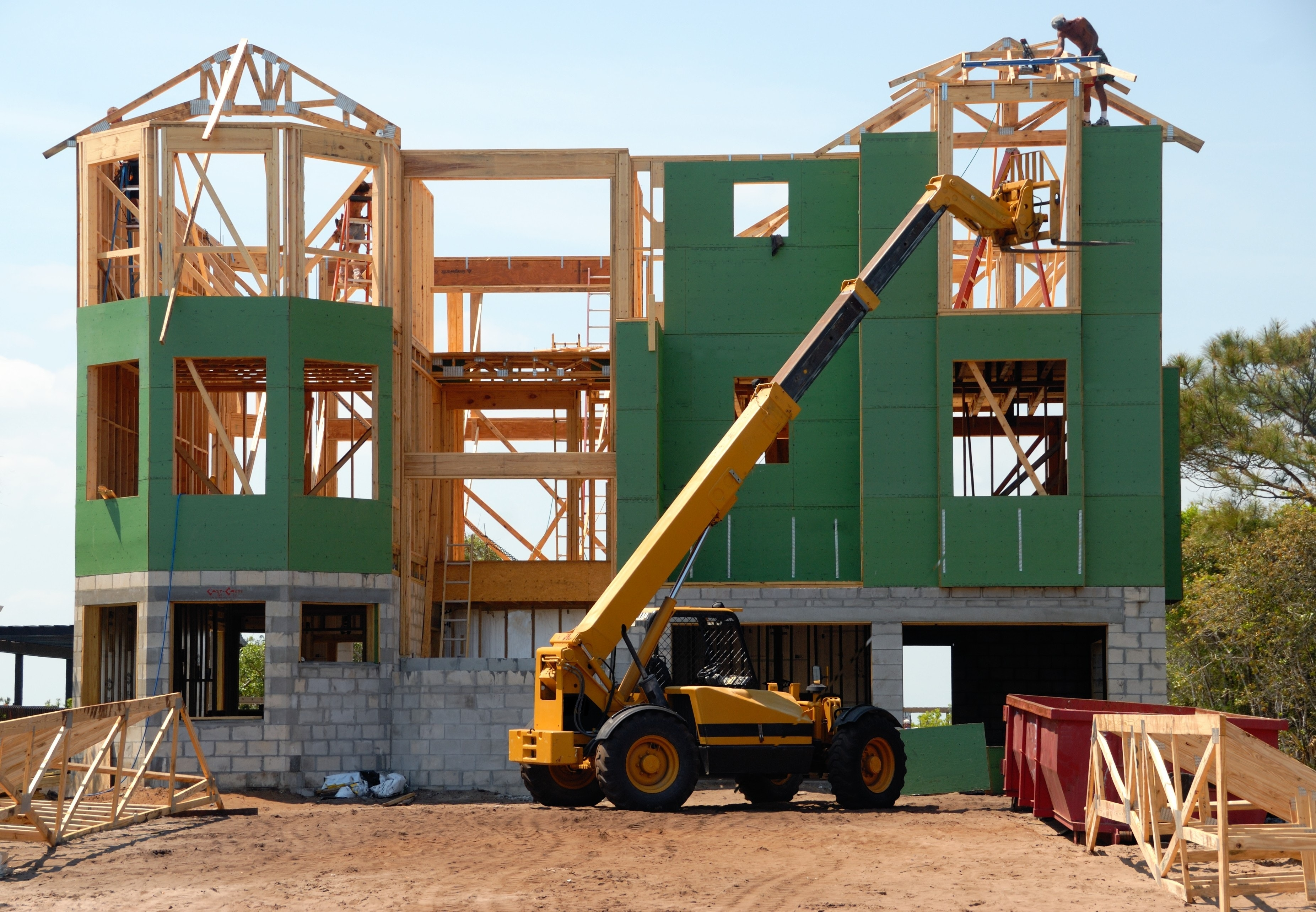Under-construction vs.Ready-to-move-in apartments: What should you buy?